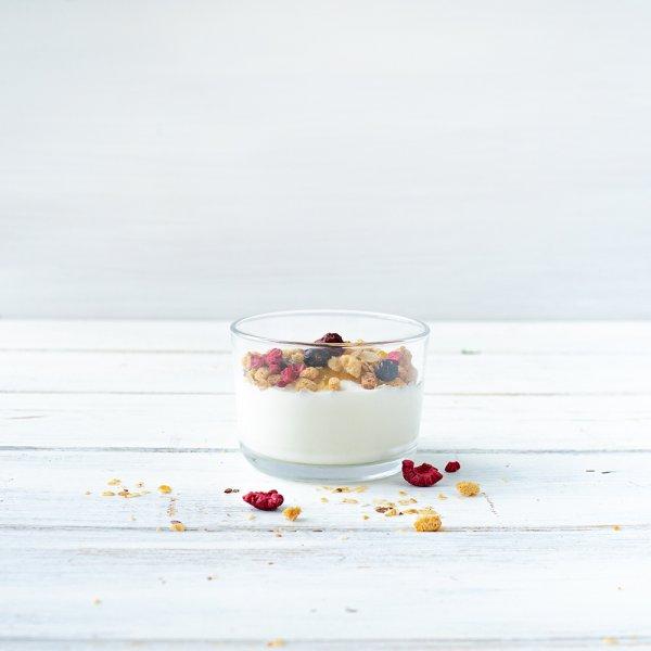 """""""Business Früchte-Müsli"""" mit Joghurt"""