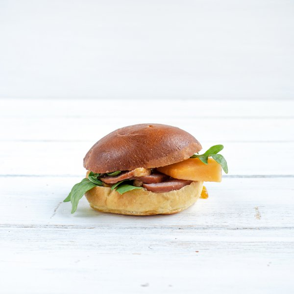 "Brioche-Burger ""Smoked Duck"""
